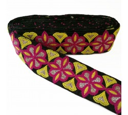 Embroidery Embroidery rosette - Black, pink and yellow - 60 mm babachic