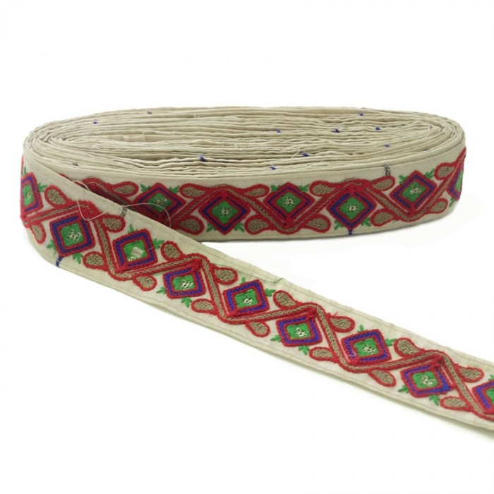 Ethnic embroidery - Jungle - Red, brown, blue, green and beige - 45 mm