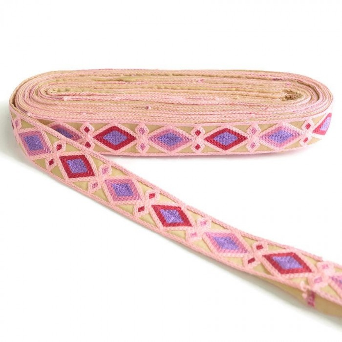 Broderies Broderie Indienne - Losanges - Rose pâle, fuchsia, rose et mauve - 30 mm babachic