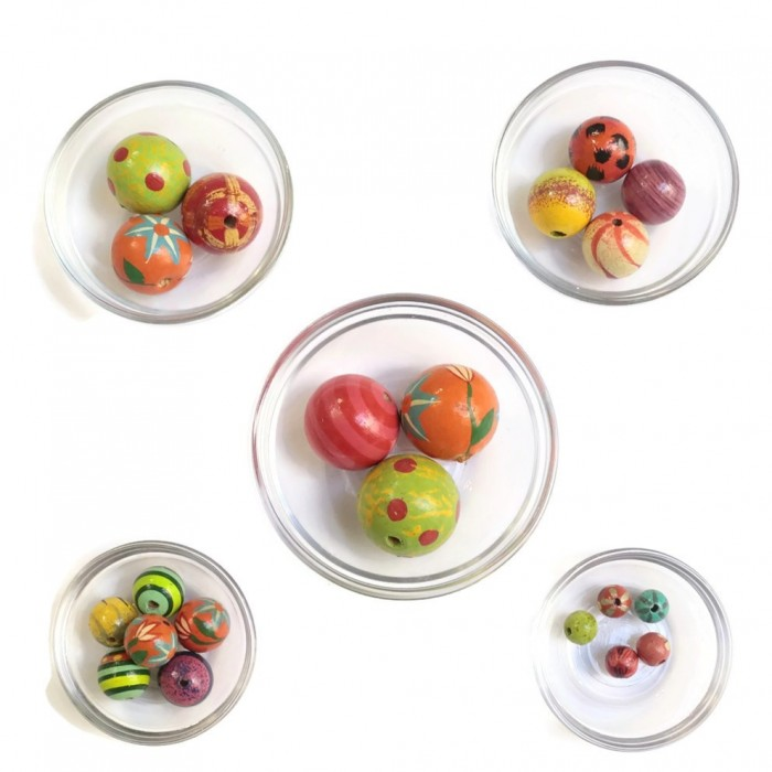 Assortment of wooden beads - Multi