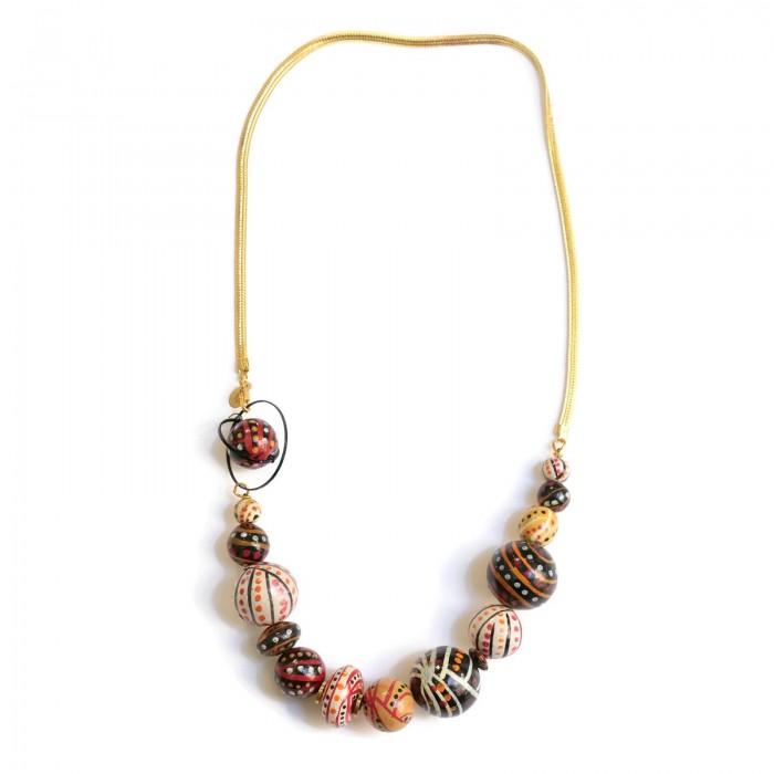 Collar corto con cadena dorada y cuentas de madera - Marrón
