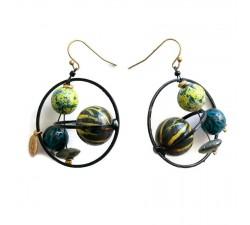 Pendientes Boucles d'oreille courtes et rondes avec perles en bois noir et jaune Babachic by Moodywood
