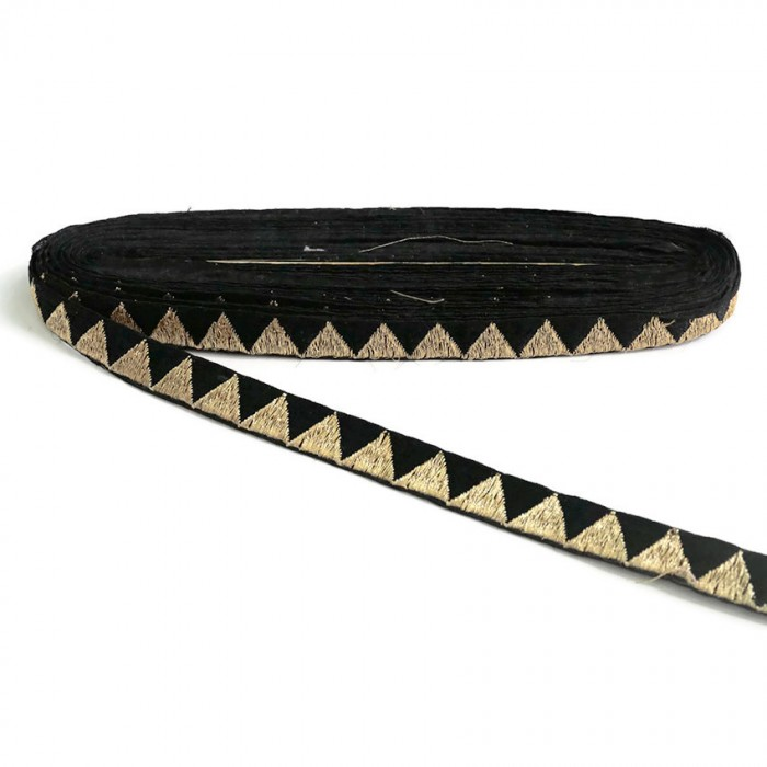 Cinta negra con hilo de lurex dorado en forma de triángulo - 15 mm
