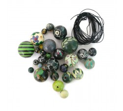 """Short round"" necklace kit Black green Short round necklace kit Babachic by Moodywood"