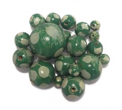 Moon Wooden beads - Moon - Verde Babachic by Moodywood