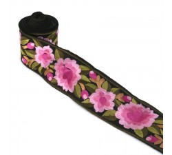 Bordado Bordado Floral de seda rosa fondo negro - 55 mm de ancho babachic