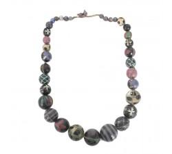 Colliers Collier court en perles en bois noir aubergine Babachic by Moodywood