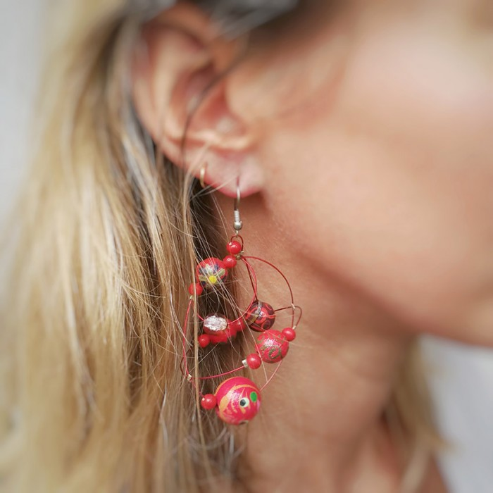 Round red earrings