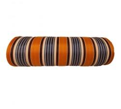 Inicio Tela de plástico reciclado, diseño de rayas naranjas, azules, blancas y marones.