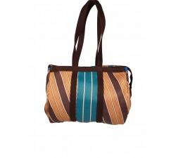 Inicio Bulbi o bolso de mano tipo bowling hecho de plástico reciclado de color Tobacco-Blue (marón, azul, crudo y filosde nar...