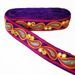 Embroidery Embroidery in the shape of drop decorated with mirrors on purple bottom - 50 mm babachic