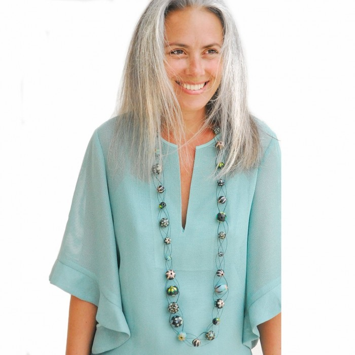 Long mesh necklace sky blue - Winter nights