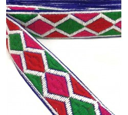 Embroidery Graphic embroidery - Rhombus - Red, pink, green and white - 45 mm
