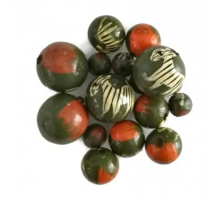 Animals Wooden beads - Zebra - Green and coral Babachic by Moodywood