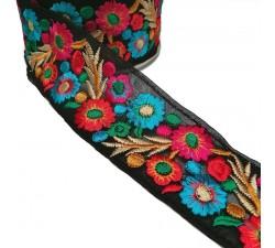 Broderies Broderie Indienne - Estivale - Rouge, rose, bleu et noir - 55 mm