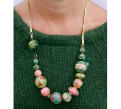 Colliers Collier court en perles en bois et chaine dorée - Saumon et marron Babachic by Moodywood