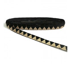 Galónes Cinta negra con hilo de lurex dorado en forma de triángulo - 15 mm