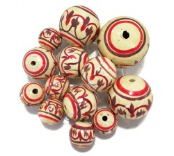 Lantern Lantern wooden beads - White, red and eggplant Babachic by Moodywood